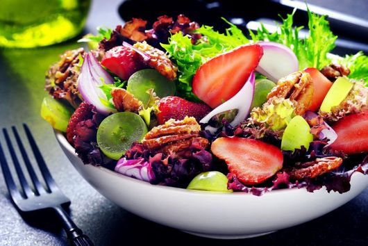 Strawberry and Pecan Salad
