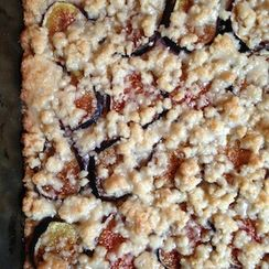 Glazed Fig & Vanilla Bean Shortbread Bars