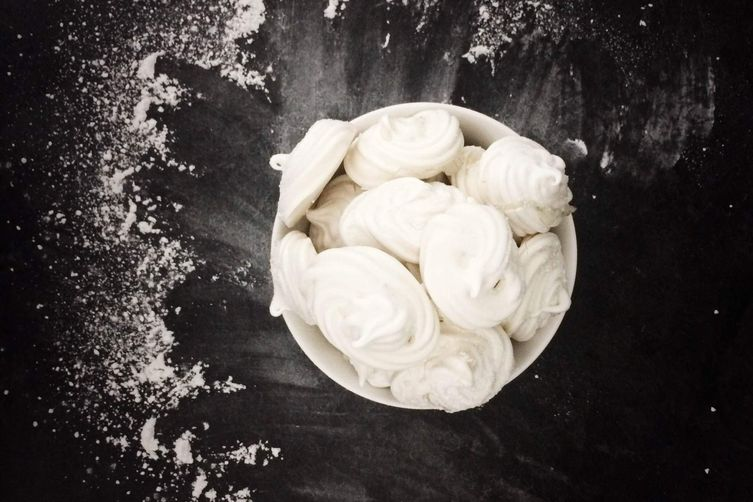 Homemade Snow Kisses (Meringues)