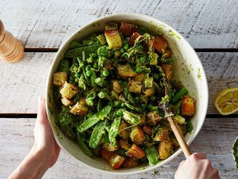 Dinner Tonight: Spring Vegetable Panzanella