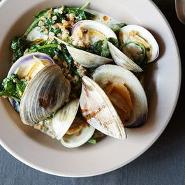 169f1201 e178 43be 8b7b 3ae104ca0444  all about clams food52 mark weinberg 14 07 01 0570