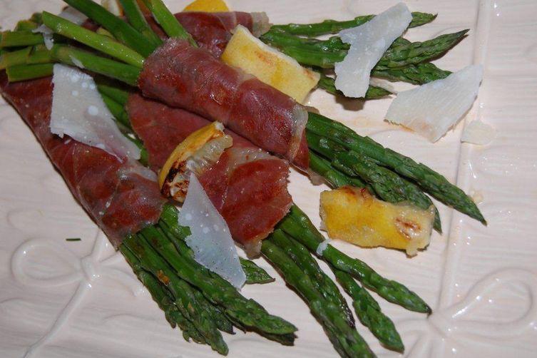 Country Ham Asparagus Bundles and Grilled Lemon Wedges
