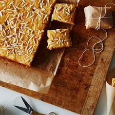Carrot-Halwa Blondie Bars