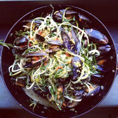 Chilli & Lemon Zest Mussels w/ Cracked Black Pepper, Courgette Pasta & Samphire