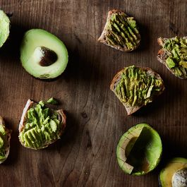 Brown Avocados are Unsightly, But Do They Taste Bad?