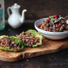 Minced Chinese chicken in lettuce cups