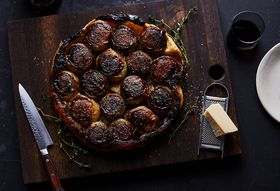 390d500a 4a39 42b3 bad9 639a2c446626  2018 0108 caramelized onion tarte tatin 3x2 bobbi lin 6441