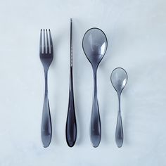 PRESALE Outdoor Italian Flatware (16-Piece Set)