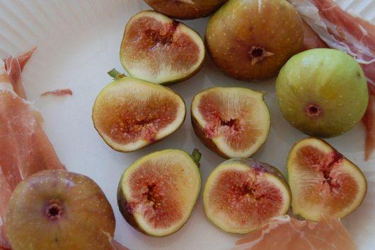 Warm Prosciutto Figs Cambozola