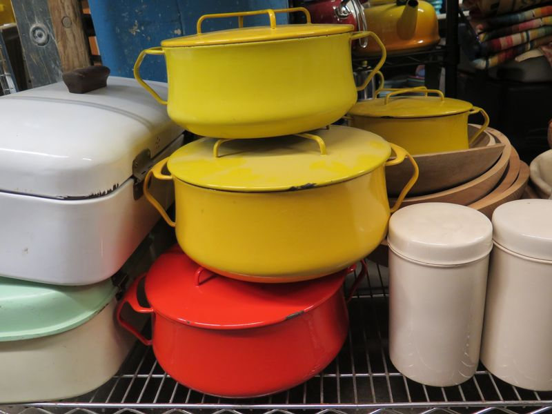 We're all a little obsessed with Dansk, and these perfectly well-loved dutch ovens were a prize.