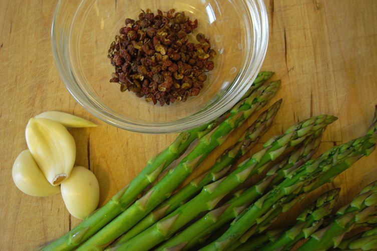 Ying's Szechuan Potato Chop with Asparagus