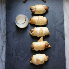 Chicken Maple Sausage Pigs in a Blanket with Maple Cream
