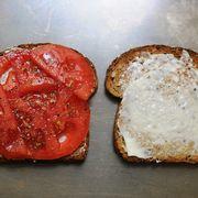 7684fd4d e069 4d2f addf 5e9fa0011095  tomato sammy
