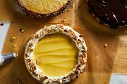 Lemon Curd Sponge Cake