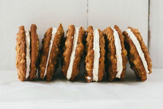 How to Make Homemade Oatmeal Cream Pies
