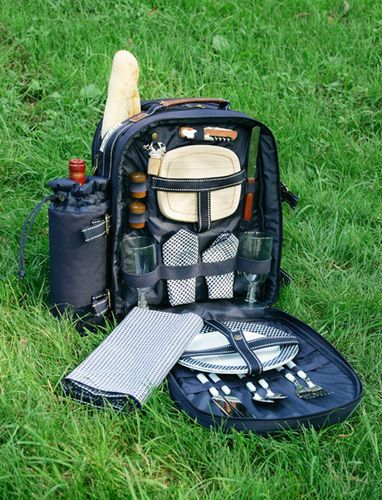 Super Deluxe Backpack Picnic Set