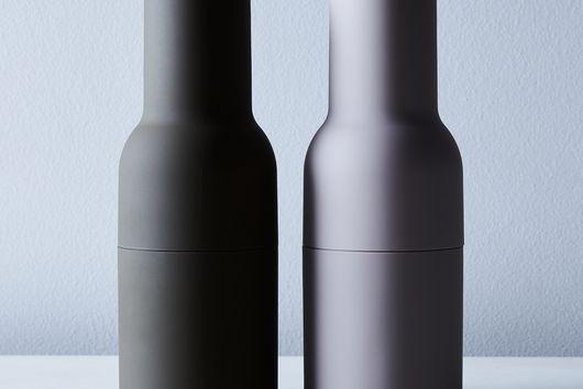 Salt & Pepper Bottle Grinders with Walnut Tops (Set of 2)