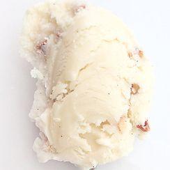 Buckwheat kernel honey ice cream