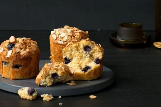 BLUEBERRY, ORANGE AND MAPLE CAKES