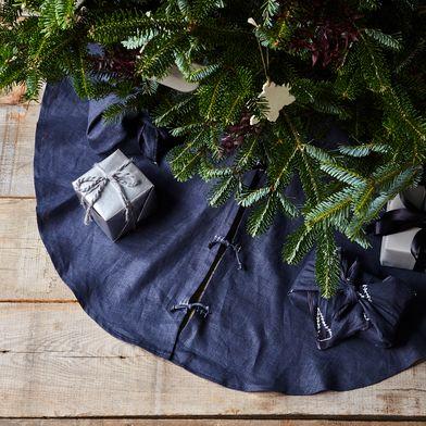 Grey Linen Tree Skirt
