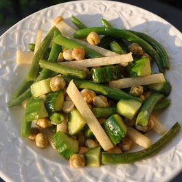 Crunchy Green Bean, Jicama and Wasabi Pea Salad