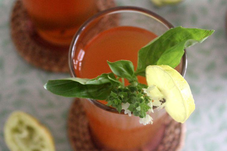 Lime and basil iced tea