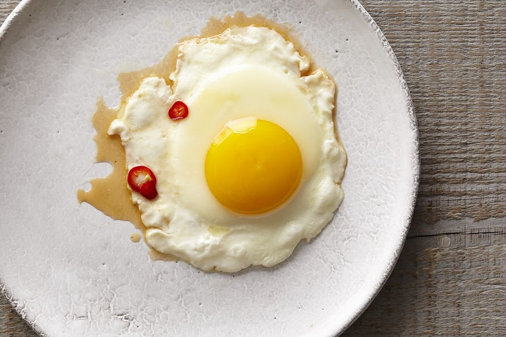 Fried Egg with spicy fish sauce