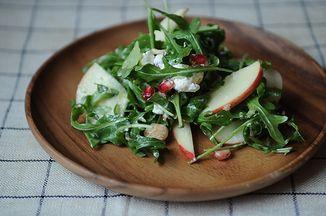 7fc53e9c 4456 4107 baf1 67672a2b21f0  impromptu winter salad