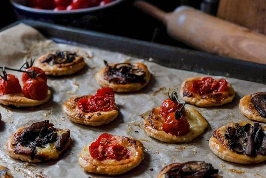 Gruyère Tarts with Thyme, Mushrooms & Cherry Tomatoes