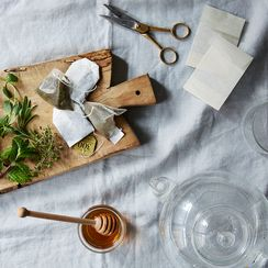 How to Make Your Own Herbal Tea Blend