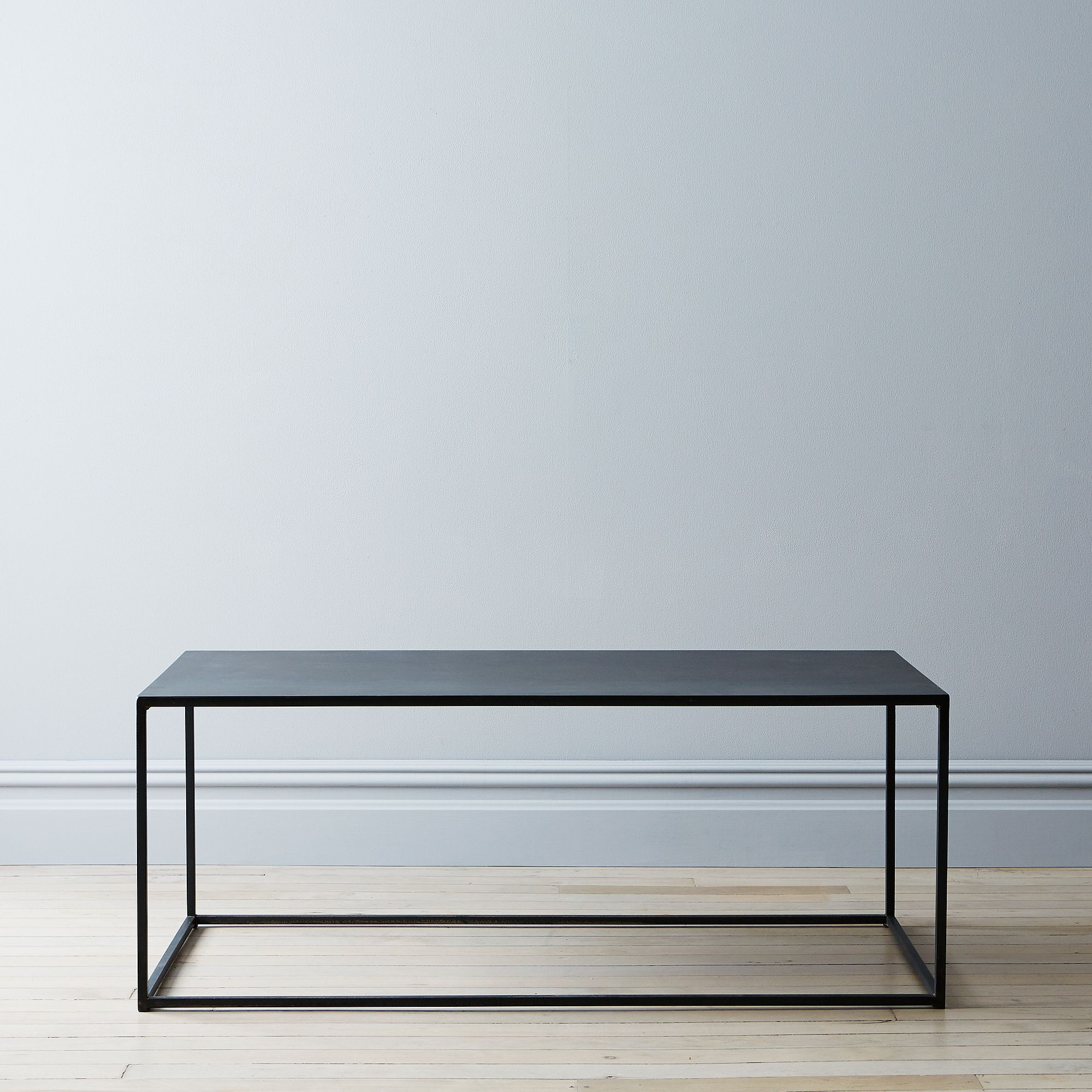 74438786 90e0 4d75 ba5e 3bf0897c5917  2015 0429 brad sherman designs coffee table silo mark weinberg 0267
