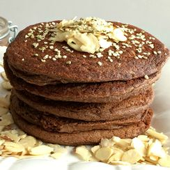 80 Calorie Zucchini Cocoa Pancakes