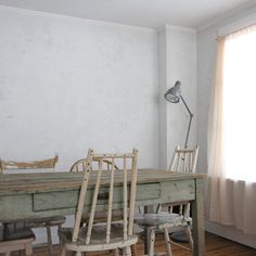 Antique Your Walls Using Plaster of Paris (It's Back!)