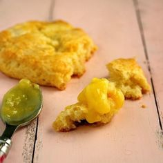 White Chocolate Scones with Lemon Curd