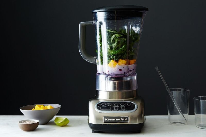 The Most Common Smoothie Problems (& How to Solve Them)