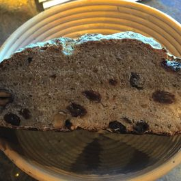 Oatmeal Currant Bread