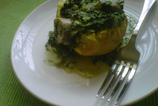 Creamed Spinach and Garlic Scapes