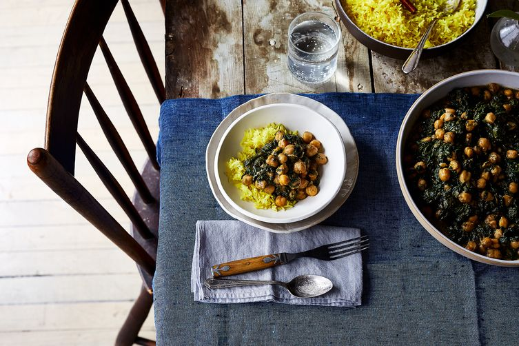 Spicy, Creamy Chickpeas & Spinach (Chana Saag-ish)