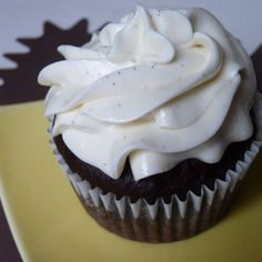 Vegan Chocolate Cupcakes with Vanilla Bean Frosting
