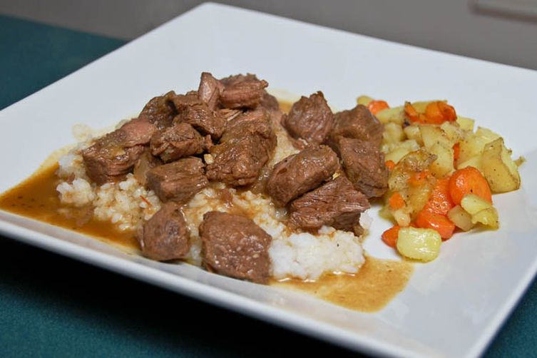 Beef Tips & Gravy