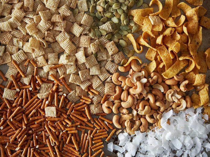 5 Ingredient (or Less!) Solutions for When You're Feeling Snacky