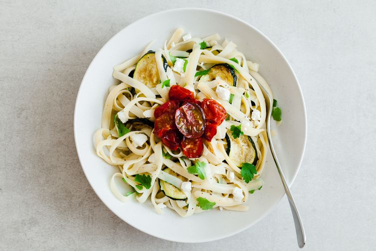 Roasted zucchini, tomato and feta pasta