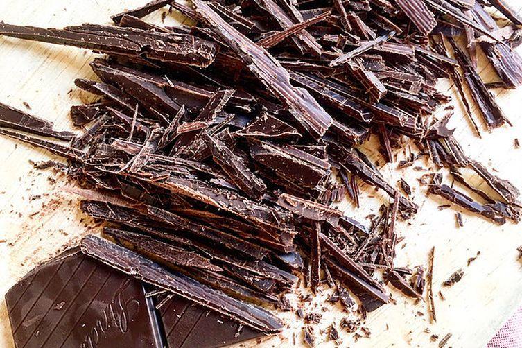 Blueberry ice cream with dark chocolate
