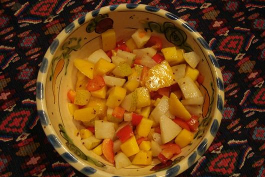 Asian Pear, Mango and Red Pepper Salad