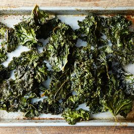 Spicy, Smoky Homemade Kale Chips