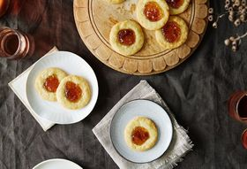Eef37ffe 4c0d 4b7e 8d5a fa8977449873  139fbc2a a6aa 4bed a036 2df768e3d391 2015 1109 thumbprint cookies bluecheese and fig preserves alpha smoot 267