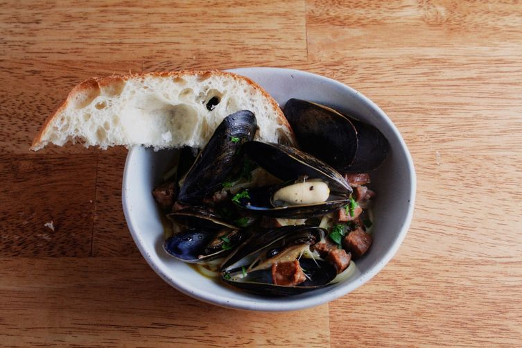 Linguine and Mussels with Chorizo