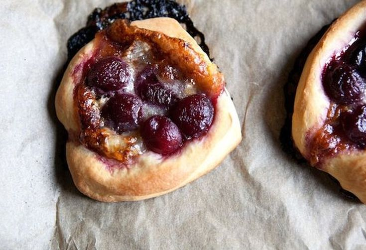Brioche Circles with Brie and Cherries