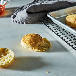 flaky biscuits! by creamtea