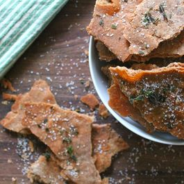960e96cf 5491 420a bae9 fe1957d41a82  olive oil thyme and sea salt crackers www.the chefs wife.com